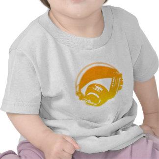 Auriculares de DJ - disc jockey DJing de la música Camiseta