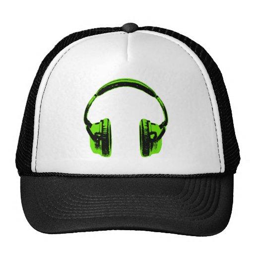 Auriculares gráficos verdes gorras