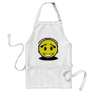 Auriculares que llevan de la cara sonriente amaril delantal