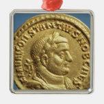 Aurífero de Constantius I César Augustus Adorno De Reyes