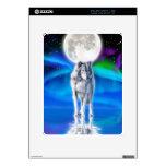Aurora ártica y luna del lobo ártico del grito skin para el iPad