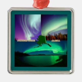 Aurora boreal del collage de Alaska Ornatos