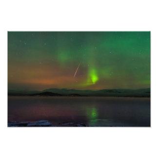 Aurora boreal e impresión de la foto del meteorito fotografía