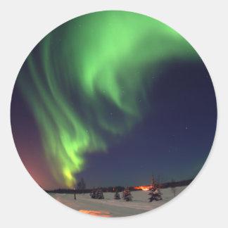 Aurora boreal en el lago bear pegatina redonda