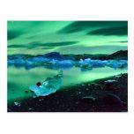 Aurora boreal sobre el lago Jokulsarlon, Islandia Postales
