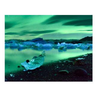 Aurora boreal sobre el lago Jokulsarlon, Islandia Postal