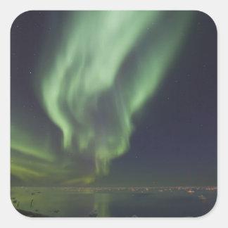Aurora Borealis reflejado en el Océano ártico Pegatina Cuadrada