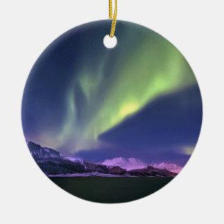 Aurora Borealis sobre Lyngenfjorden Noruega Ornamento Para Reyes Magos