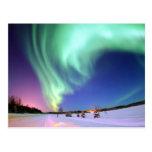 Aurora en el lago bear postal
