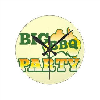 AUSSIE big BBQ party Round Clock