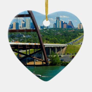 Austin, Tejas a partir del puente el 360 Adorno Navideño De Cerámica En Forma De Corazón