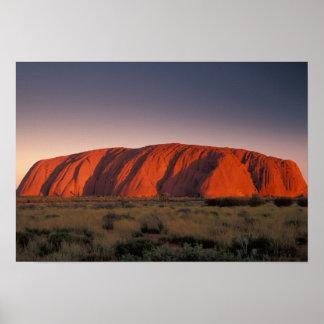 Australia, parque nacional de Uluru. Uluru o Posters