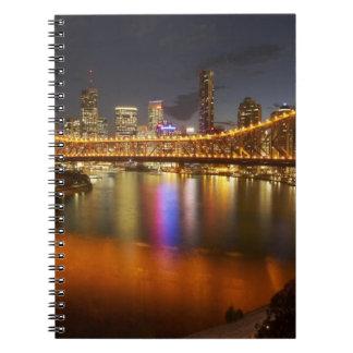 Australia, Queensland, Brisbane, puente de la hist Libretas Espirales