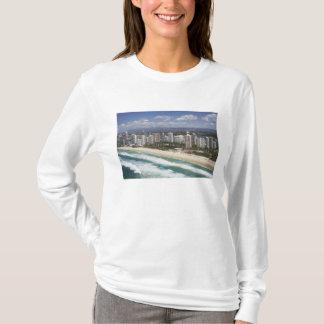Australia, Queensland, Gold Coast, Main Beach - T-Shirt