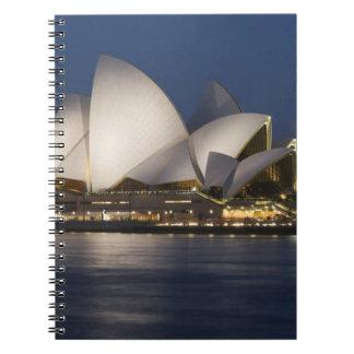 Australia, Sydney. Teatro de la ópera en la noche  Libros De Apuntes