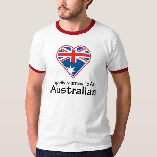 Australiano feliz casado playera