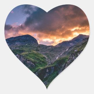 austria-1761291 heart sticker
