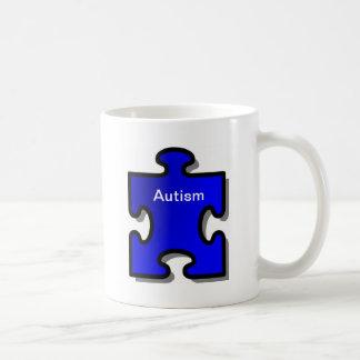 Autismo Awarenss, pedazo azul del rompecabezas, ar Tazas