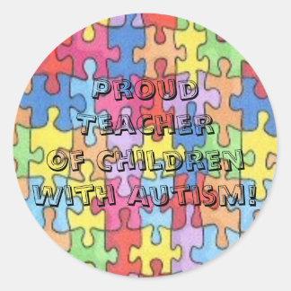 ¡Autismo orgulloso de TeacherOf ChildrenWith! Pegatina Redonda