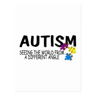 Autismo que ve el mundo de un diverso ángulo tarjeta postal