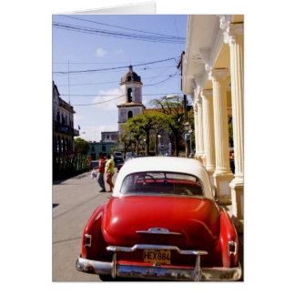 Auto americano clásico viejo en Guanabacoa una ciu Tarjetón