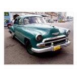Auto del vintage en Cuba Postales