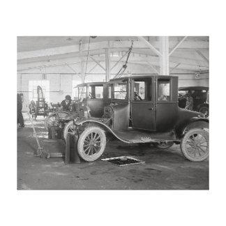 Auto Repair Garage, 1926 Canvas Print