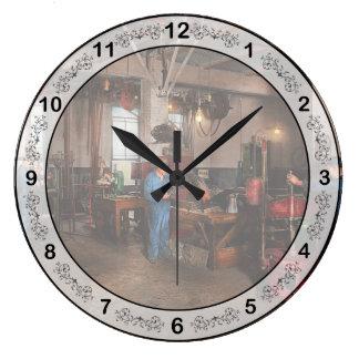 Autobody - The bodyshop 1916 Large Clock