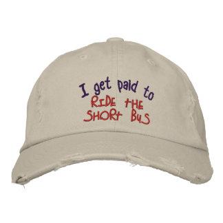 Autobús corto gorras bordadas