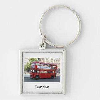 Autobús de Londres Llavero Cuadrado Plateado