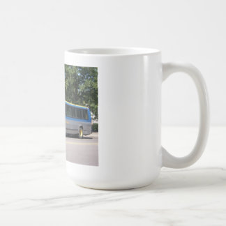 AUTOBÚS DEL TRÁNSITO DE LA FLEXIÓN TAZA DE CAFÉ