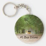 Autobús escolar amarillo grande llavero redondo tipo pin