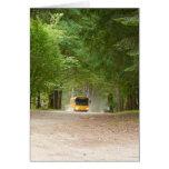 Autobús escolar amarillo grande tarjeta de felicitación
