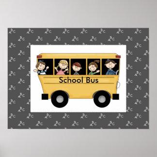 Autobús escolar de Whimiscal con la impresión del  Póster