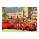 Autobús escolar retro del rojo del niño de la escu tarjeta
