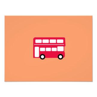 Autobús rojo grande cojinete