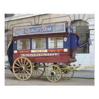 Autobús traído por caballo del vintage, Londres Cojinete
