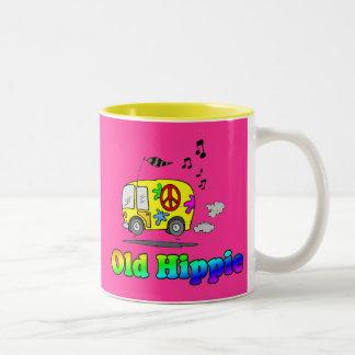 Autobús viejo del Hippie Taza De Dos Tonos