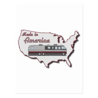 Autocaravana clásica hecha en América Tarjeta Postal