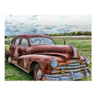 Automóvil clásico viejo oxidado del vintage del postales