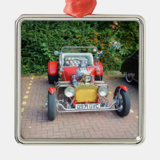 Automóvil descubierto clásico del coche de adorno navideño cuadrado de metal