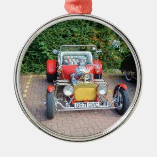Automóvil descubierto clásico del coche de adorno navideño redondo de metal