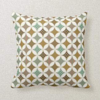 Autumn Colors Diamond Star in Circle Pattern Print Throw Pillow