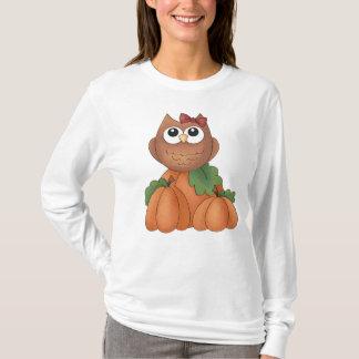 Autumn Fall Harvest Owl Pumpkin Women's T-Shirt