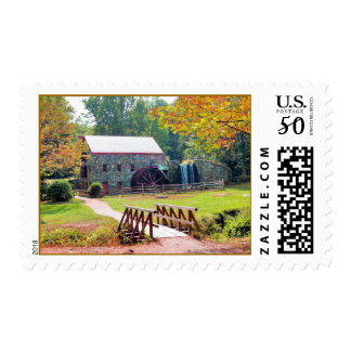 AUTUMN IN NEW ENGLAND POSTAGE
