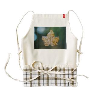 Autumn leaf macro zazzle HEART apron
