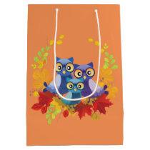 Autumn owls family medium gift bag