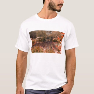 Autumnal colours bridge T-Shirt