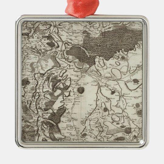 Auxerre Metal Ornament
