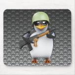 avances del soldado del pingüino 3d tapete de raton